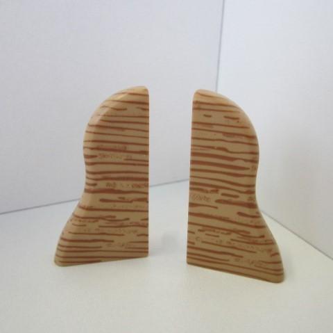 2 Abschlusskappen für Sockelleiste K40 - Eiche