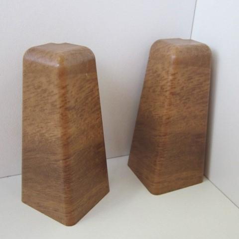 2 Aussenecken für Sockelleiste K58 - Nussbaum hell, Eiche antik